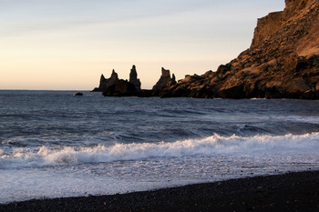 Black-lava-beach-in-iceland.JPG