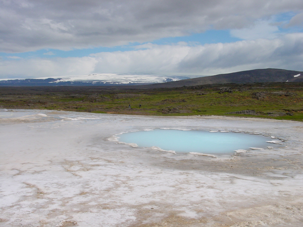 Hot_spring_at_Hveravellir.jpg