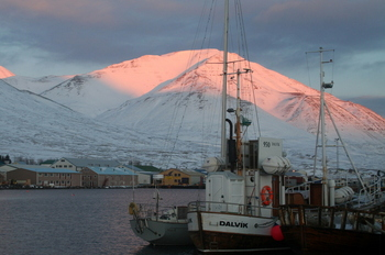 icelandic-fishing-village.jpg