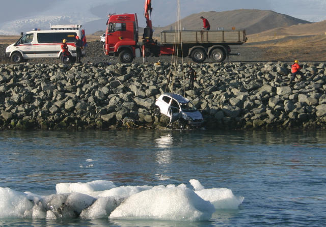 From the rescue at Jökulsárlón (Photo from mbl.is)